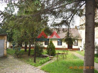 Detaljnije : KUĆA, >5.0, prodaja, Zrenjanin, 165 m2, 110000e