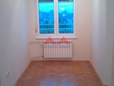 Detaljnije : STAN, 3.5, izdavanje, Beograd, 74 m2, 600e