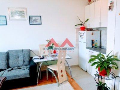Detaljnije : STAN, 1.0, prodaja, Beograd, 28 m2, 25000e