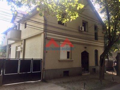 Detaljnije : KUĆA, >5.0, prodaja, Beograd, 250 m2, 380000e
